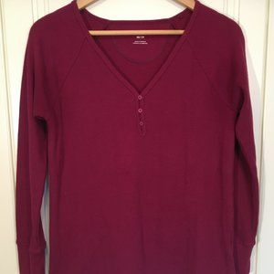 ROOTS wine-coloured waffle weave thermal tee XS